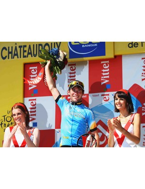A familar sight in 2008:  Cavendish on the podium.