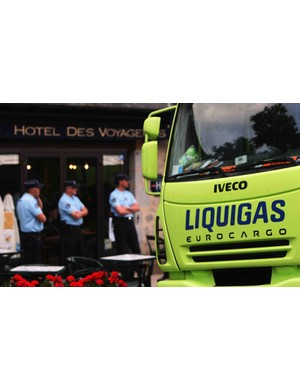 Police stand outside the Team Liquigas hotel after rider Manuel Beltran tested positive for EPO.