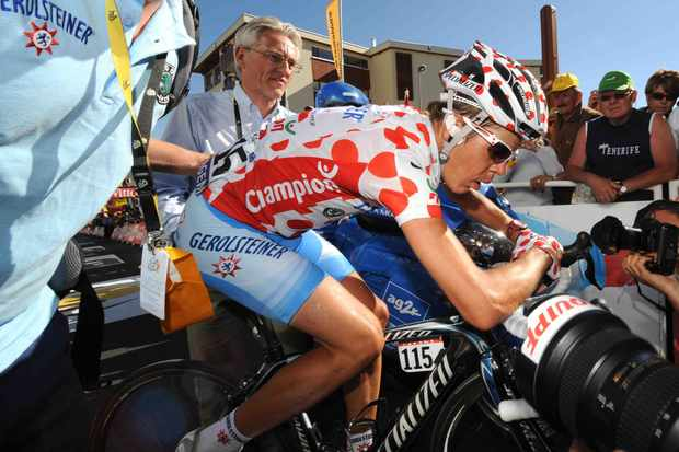 Bernhard Kohl admitted, in a news conference on October 15, 2008, to taking CERA EPO before the Tour de France this year.