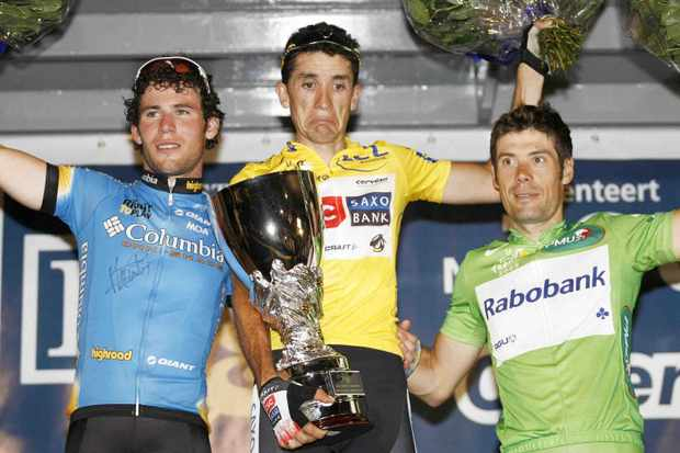 Mark Cavendish, Carlos Sastre and Oscar Freire in Flanders Tuesday.