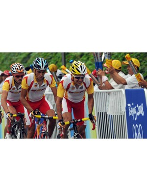 Spain's gold-medal squad, lead by  Tour winner Carlos Sastre.