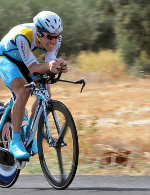 American Levi Leipheimer, coached by Max Testa, won Stage 5 of the Tour of Spain.
