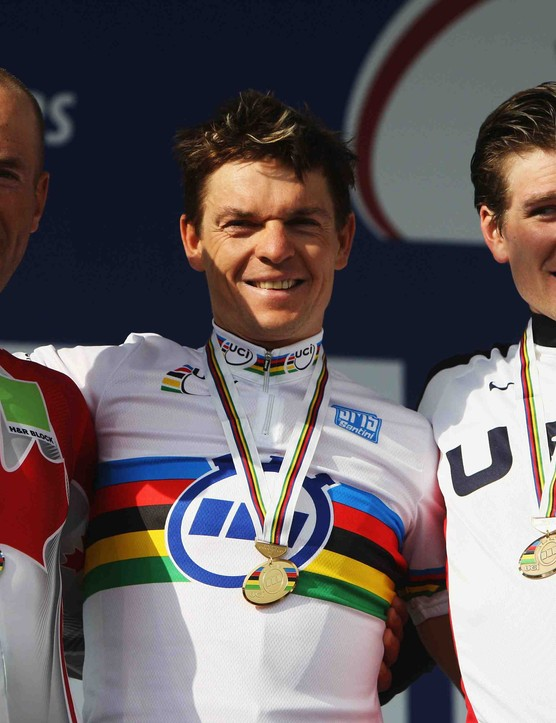 (L to R) Svein Tuft of Canada (silver), Bert Grabsch (gold) of Germany and David Zabriskie of the USA (bronze) in the Elite Men's Time Trial during the 2008 UCI Road World Championships on September 25, 2008 in Varese, Italy.