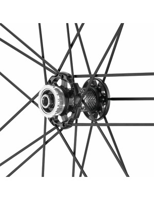 The front hub body is carbon fibre and the wheels accept centrelock disc rotors