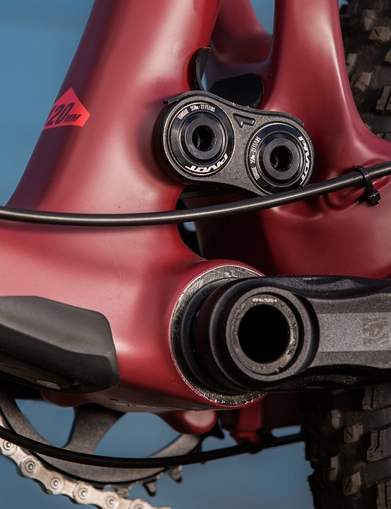 Pivot created the press-fit 92 bottom bracket. Throughout testing in Utah's powdery dust, it remained silent