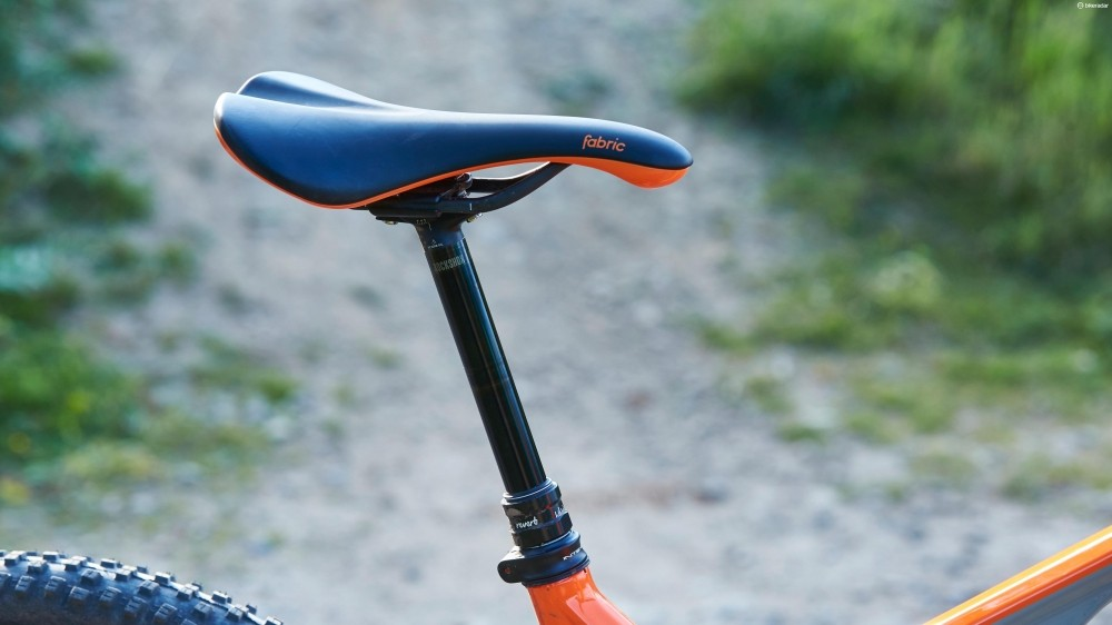 A RockShox Reverb post and Fabric Scoop saddle help to ensure flow on the trail without getting uncomfortable