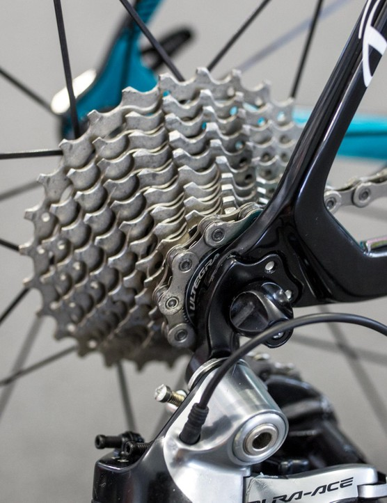 Like quite a few of the teams not sponsored by Shimano, Astana was running Ultegra cassettes