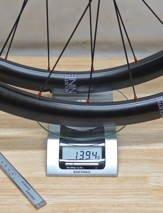 Industry Nine claimed these measured 1,395g. Our scale said 1,394g