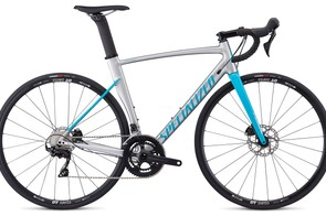 The Allez Sprint Comp Disc gets 105 hydraulic components, Praxis cranks and DT wheels