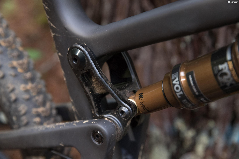 The VPP suspension serves up 100mm of rear suspension