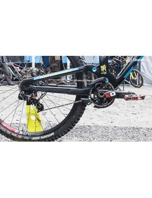 The bike is built around a 1x7 SRAM XO DH drivetrain