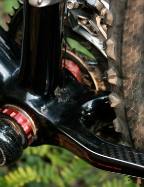 Stiff and strong bottom bracket junction, and good mud clearance.