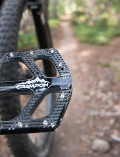 With their low weight and slim profile, the Crampon Mountain pedals work well on trail bikes