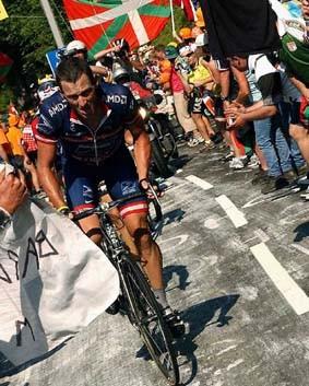 CYCLING : TOUR DE FRANCE 2004 ARMSTRONG Lance ( USA )STAGE ETAPE RIT 12 : CASTELSARRASIN - LA MONGIERONDE VAN FRANKRIJK