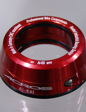 The simply named Acros Clamp substitutes for a conventional starnut and compression cap