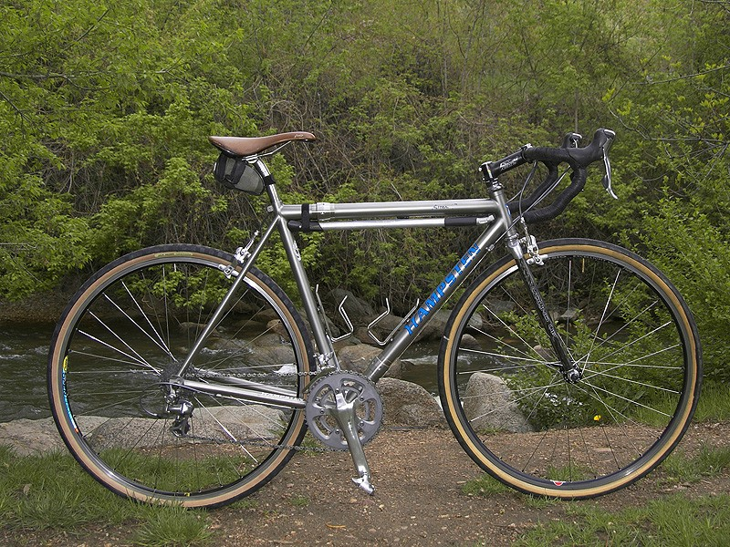 Hampsten's Strada Bianca Ti Travelissimo is a lot different to the bike he used to win the '88 Giro