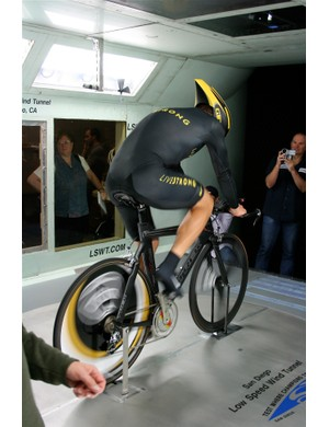 Cyclingnews.com correspondent Bruce Hildenbrand videos Armstrong, as the Texan relates a funny story about his penchant for Selle San Marco saddles.