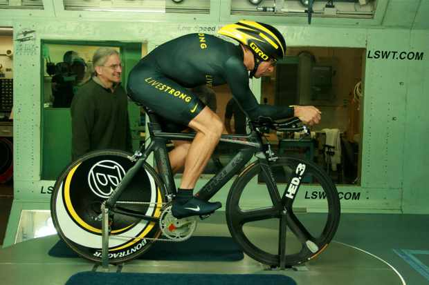 Aerodynamic guru Steve Hed consults with Lance Armstrong in the San Diego Air & Space Technology Low Speed Wind Tunnel November 4, 2008.
