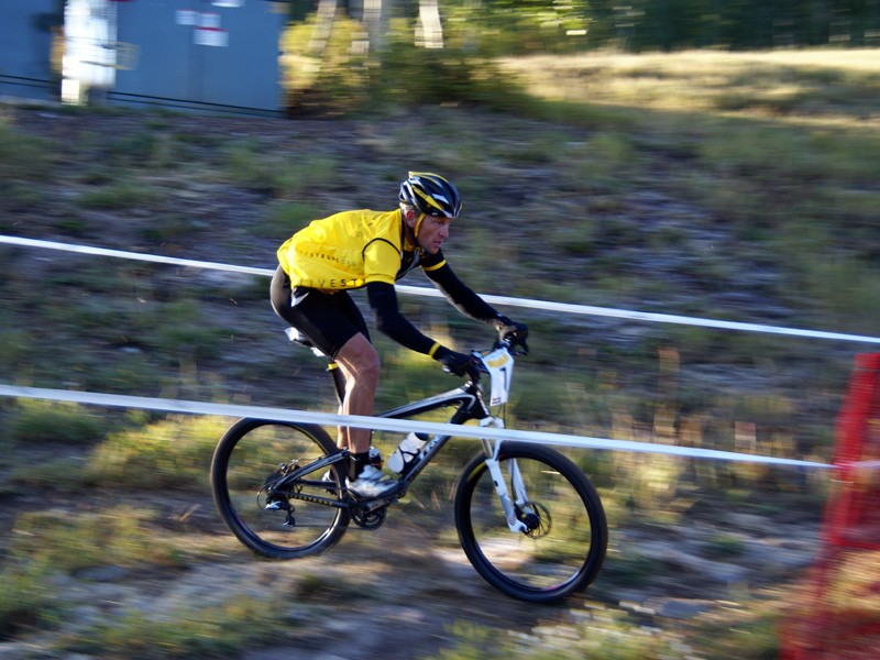 Lance Armstrong rides in the 12 Hours of Snowmass