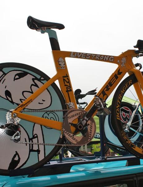 Lance Armstrong's (Astana) custom Trek Speed Concept is indeed eye-catching.