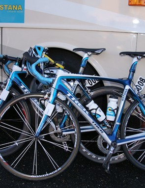 Astana mostly went the lightweight route with Bontrager's Race XXX Lite tubulars.