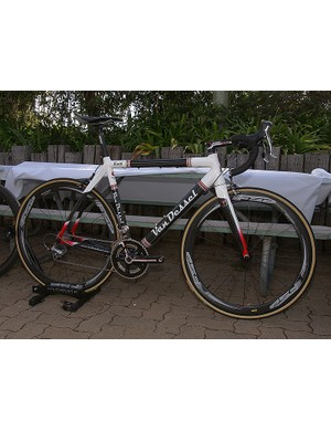 Van Dessel jumped aboard with its updated Rivet carbon road frame & Gin & Trombones 'cross bike.
