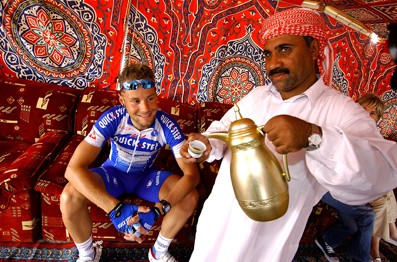 Cycling : Tour of Qatar 2005 / Stage 1  BOONEN Tom ( Bel )  Stage 1 : AL KHOR CORNICHE - DOHA HYATT PLAZA Etape / Rit