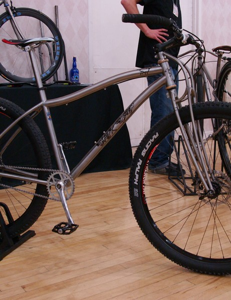 Black Sheep also showed off a pair of swoopy titanium 29ers