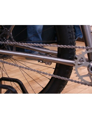 The clever telescoping chainstay design allows for adjustable chain tension with minimal added weight
