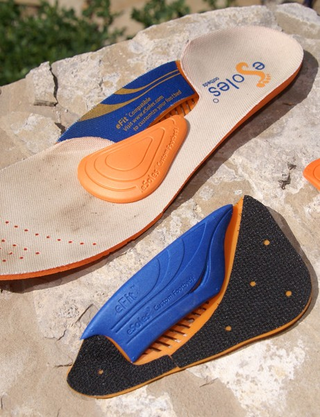 An OEM version of eSoles' custom insoles features interchangeable arch and metatarsal pads