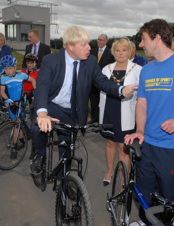 Boris Johson gets advice from Jason Queally.