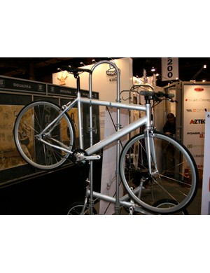 Delta's CDrive urban fixie with belt drive: a sign of things to come?
