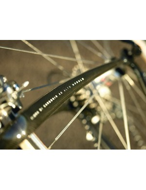 Bump smoothing comes couresy of the carbon fork
