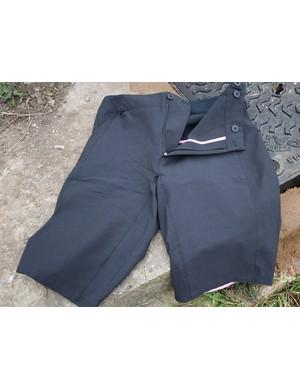 Touring shorts, for lycra-leery roadies