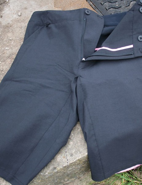 Touring shorts, for lycra-leery roadies