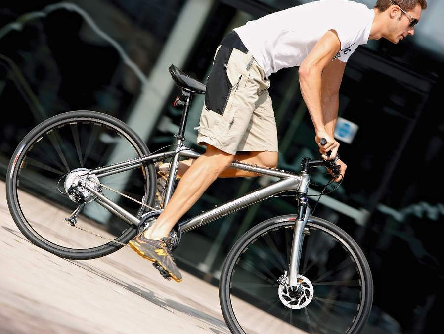 The Kaitai gives you the choice of fitting mountain bike or road tyres