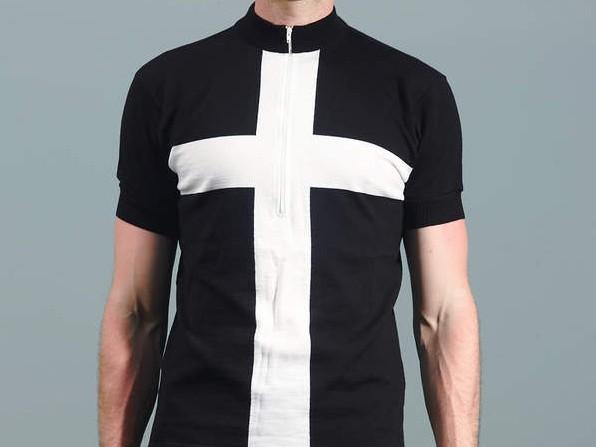 Woolistic Black Cross