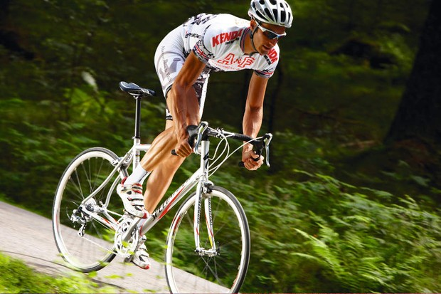 The Allez Sport's simple, all-aluminium frame continues to impress