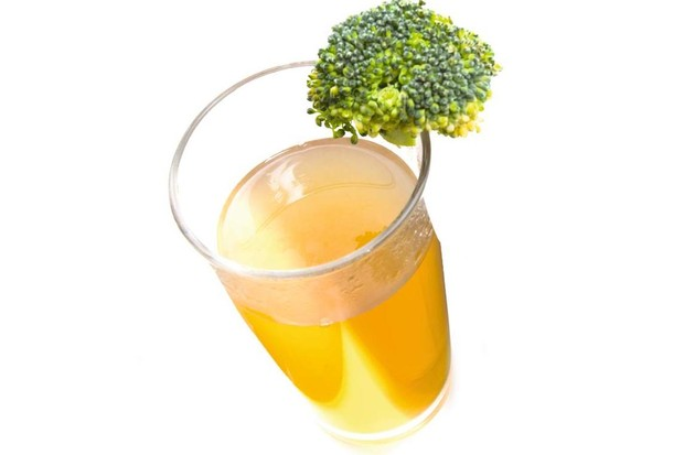 Yum… green tea and broccoli both contain quercetin, which seems to have immune-boosting properties