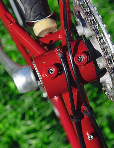 Eccentric bottom bracket for using as a singlespeed or with a hub gear.