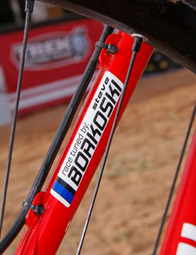 Eatough's name isn't the only one on his bike; team mechanic Steve Borkoski leaves his mark as well.