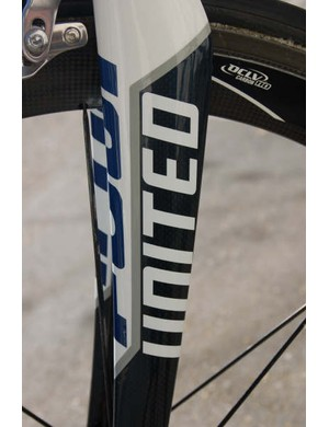 Fuji also supplies the matching FC-330 carbon fork.