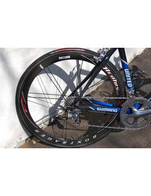 …and rear wheel which fits nicely between the Fuji's asymmetric chainstays.