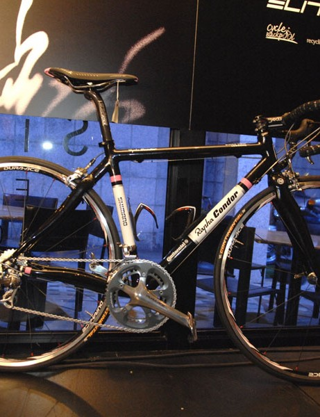 The Condor Leggero team bike