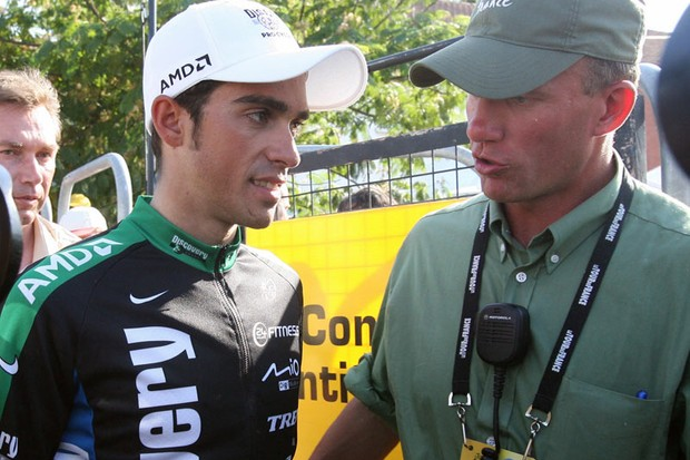 Bruyneel (right) said that Contador (left) cannot break his contract with Astana.