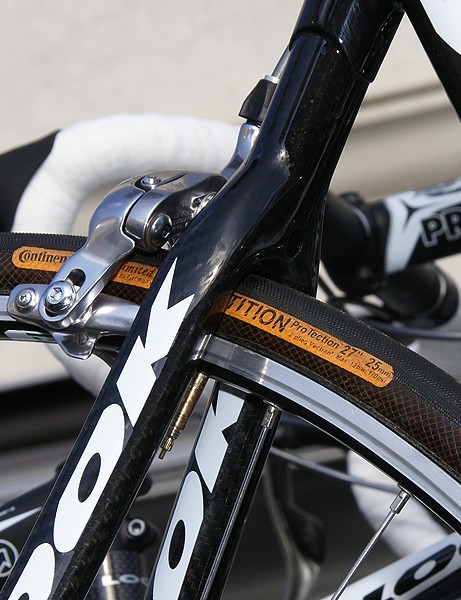 Crédit Agricole riders had relatively beefy 25mm Continental tubulars