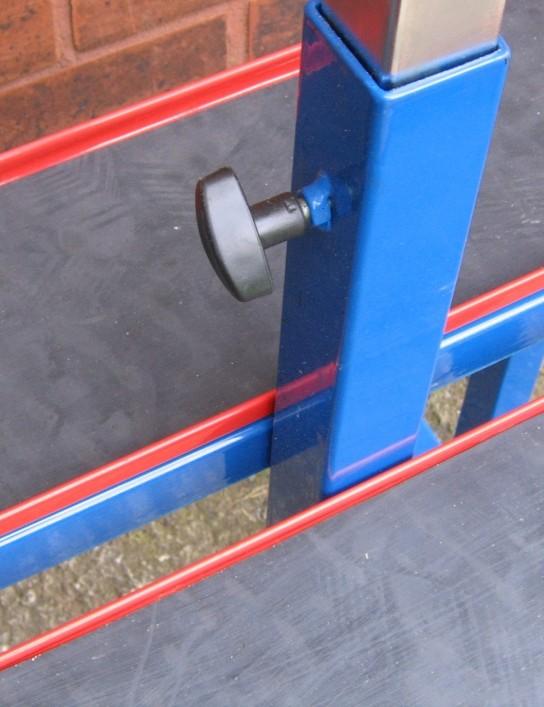 Adjustable-height bottom bracket support