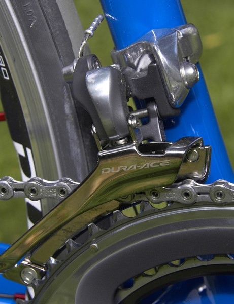 The new front derailleur uses a wider cage so there's no chain rub in the big-big combination yet shift performance is still superb.