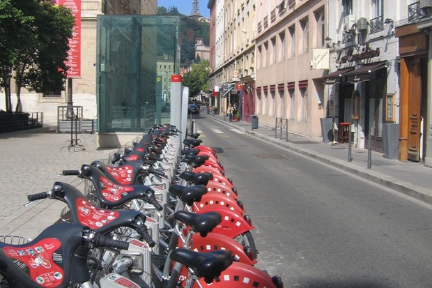 The rental bikes in Lyon, a city where the scheme is working well