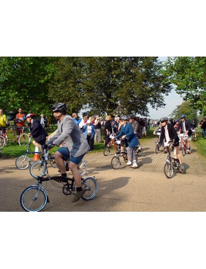 The Brompton racers get on the course